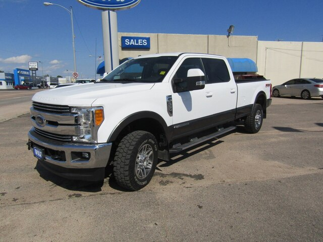 Pre-Owned 2017 Ford F-350 Lari