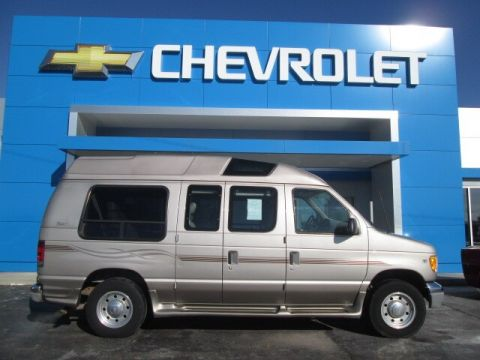 Pre-Owned 2001 Ford E-250 Recreational